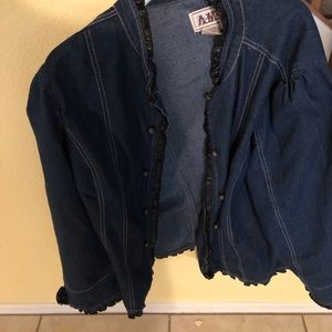 3x blue jean jacket with leather trim.  Like new